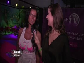 Interview de Clara Hot au Salon de Liège par Nephael